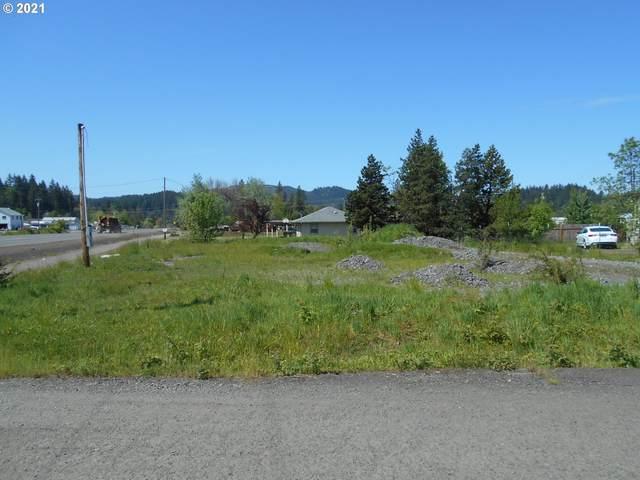 103 Walnut St, Glide, OR 97443 (MLS #21485421) :: Beach Loop Realty