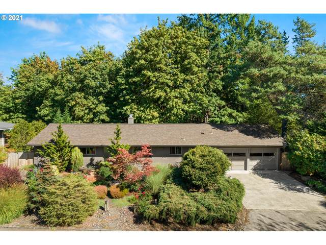 2420 SW Garden View Ave, Portland, OR 97225 (MLS #21490475) :: Cano Real Estate