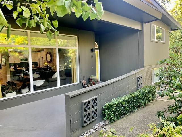 5225 SW Oleson Rd #5, Portland, OR 97225 (MLS #21491191) :: Holdhusen Real Estate Group
