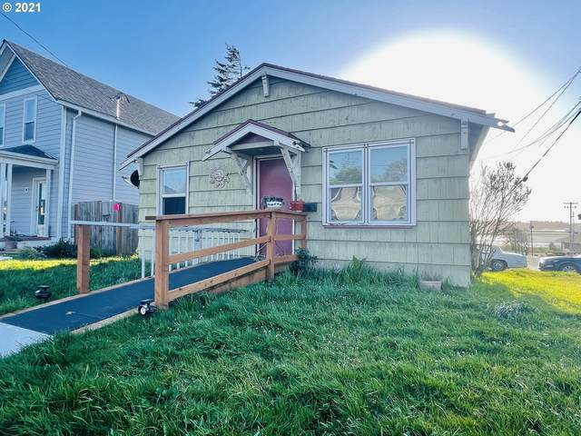 -1 Meade, North Bend, OR 97459 (MLS #21493258) :: Beach Loop Realty