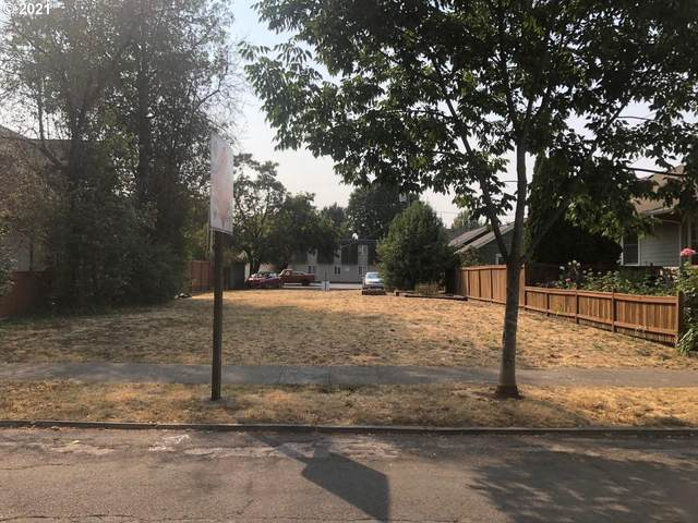 1338 Lincoln St, Eugene, OR 97401 (MLS #21494207) :: Lux Properties