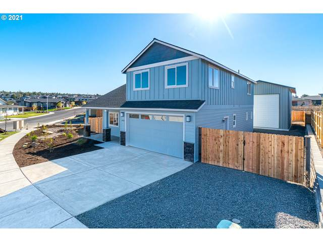 4722 SW Zenith Ave, Redmond, OR 97756 (MLS #21495583) :: Beach Loop Realty