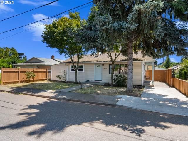 8040 SE Gladstone St, Portland, OR 97206 (MLS #21496262) :: Holdhusen Real Estate Group