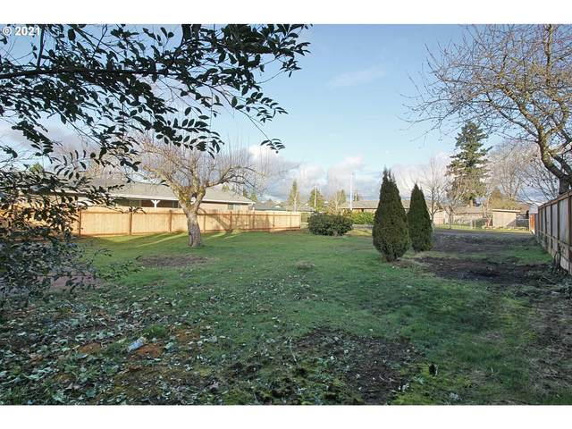 Lenore Dr, Eugene, OR 97404 (MLS #21498197) :: Change Realty