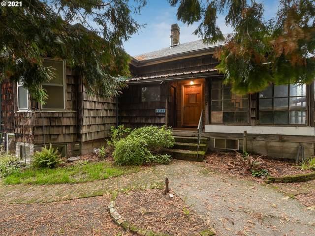 8848 N Burrage Ave, Portland, OR 97217 (MLS #21499877) :: The Haas Real Estate Team