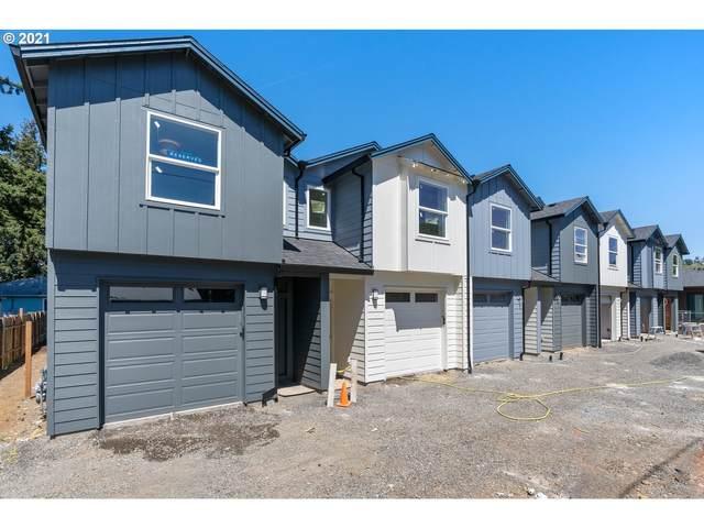 8027 SE Lamphier St, Milwaukie, OR 97022 (MLS #21499998) :: Fox Real Estate Group