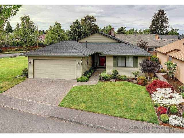 2015 NE 158TH Ave, Portland, OR 97230 (MLS #21500683) :: Song Real Estate