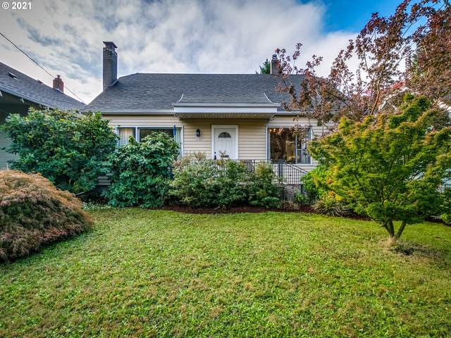 3046 NE Pacific St, Portland, OR 97232 (MLS #21501181) :: Song Real Estate