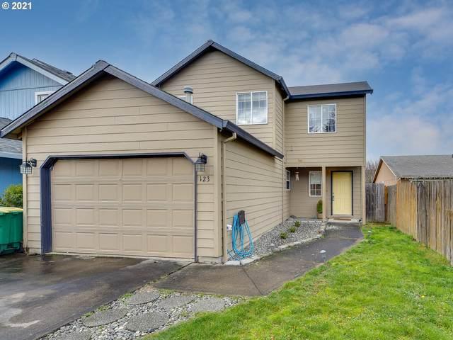123 SE 34TH Cir, Troutdale, OR 97060 (MLS #21502803) :: Premiere Property Group LLC