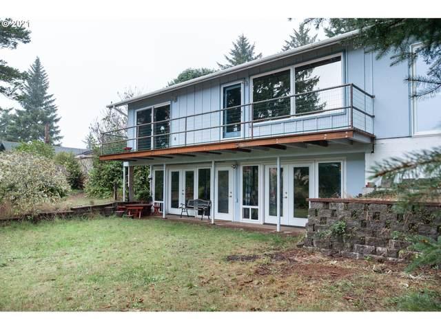 70170 Lakewood Rd, North Bend, OR 97459 (MLS #21503336) :: Windermere Crest Realty