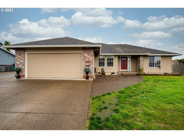 1546 SW Fellows St, Mcminnville, OR 97128 (MLS #21503868) :: Holdhusen Real Estate Group