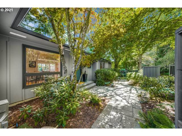 3239 NW Luray Ter, Portland, OR 97210 (MLS #21504906) :: The Haas Real Estate Team