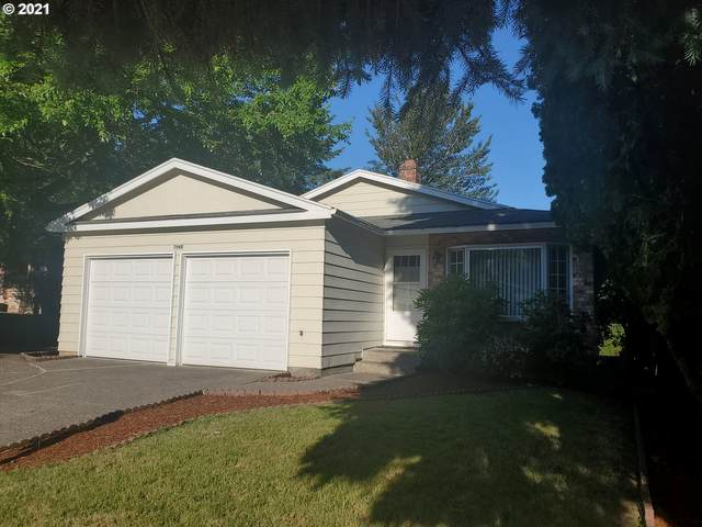 7945 SE 104TH Ave, Portland, OR 97035 (MLS #21505726) :: Coho Realty