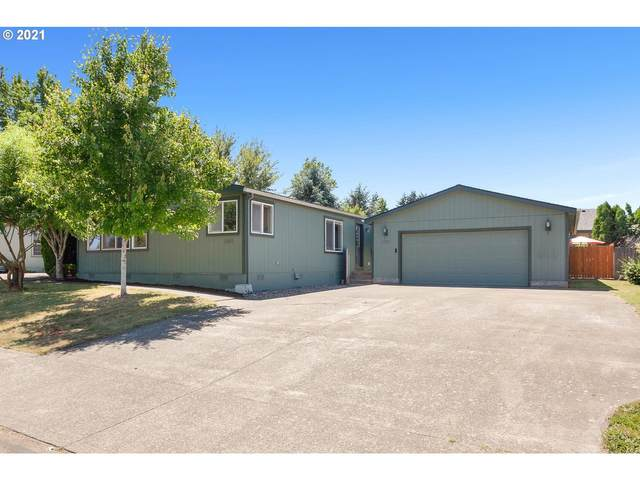 1059 NW Cypress St, Mcminnville, OR 97128 (MLS #21505911) :: Brantley Christianson Real Estate