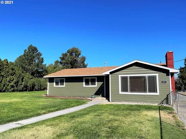 957 E Ridgeway Ave, Hermiston, OR 97838 (MLS #21506641) :: Premiere Property Group LLC