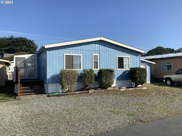 94120 Strahan St #8, Gold Beach, OR 97444 (MLS #21506977) :: Song Real Estate