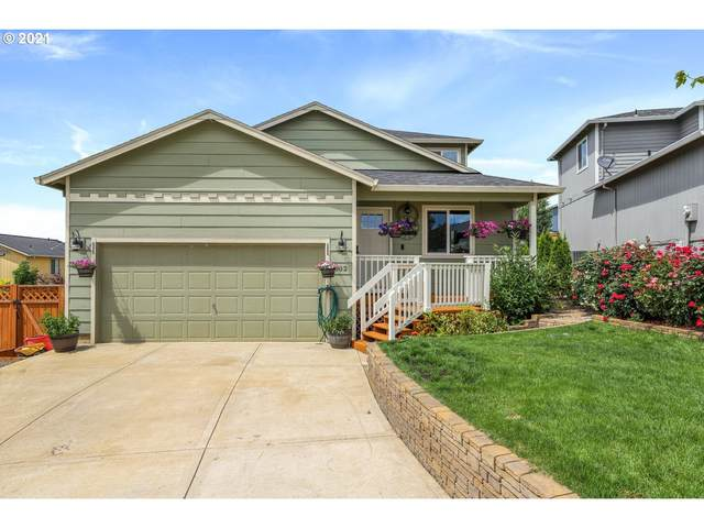 1002 E 9TH St, Lafayette, OR 97127 (MLS #21507030) :: Townsend Jarvis Group Real Estate