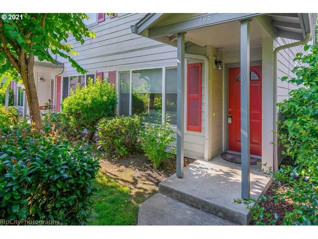 697 32ND St #6, Washougal, WA 98671 (MLS #21508068) :: Keller Williams Portland Central