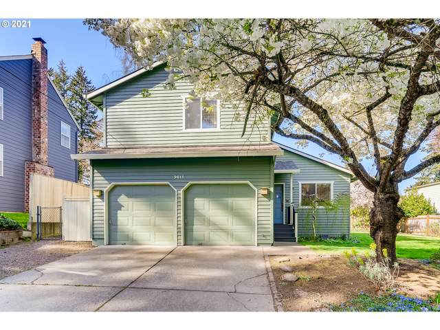 3611 SW Vacuna St, Portland, OR 97219 (MLS #21509125) :: Premiere Property Group LLC