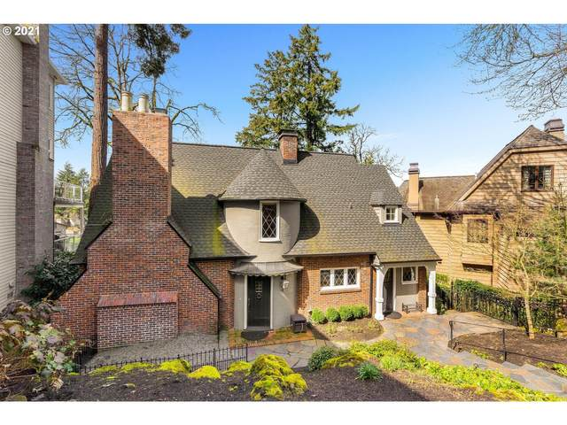 16847 Greenbrier Rd, Lake Oswego, OR 97034 (MLS #21509989) :: Beach Loop Realty