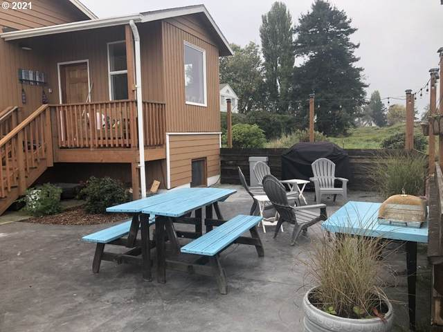 92621 Wireless Rd, Astoria, OR 97103 (MLS #21510100) :: The Pacific Group