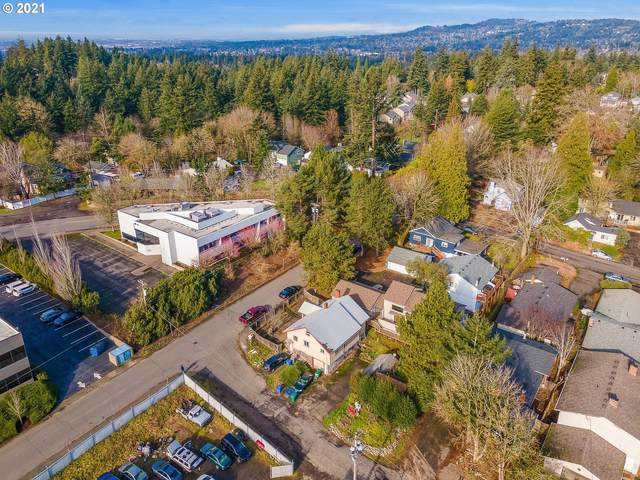 9634 SW 41ST Ave, Portland, OR 97219 (MLS #21510457) :: Premiere Property Group LLC