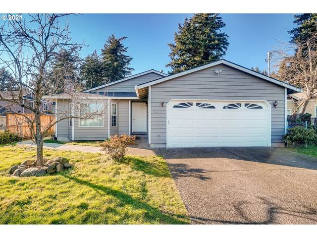 2233 SE 143RD Ave, Portland, OR 97233 (MLS #21510663) :: Song Real Estate