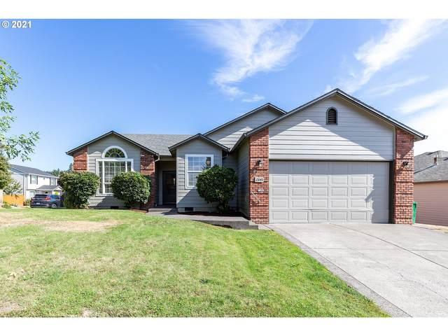 15143 SE Pioneer Dr, Clackamas, OR 97015 (MLS #21510790) :: Song Real Estate