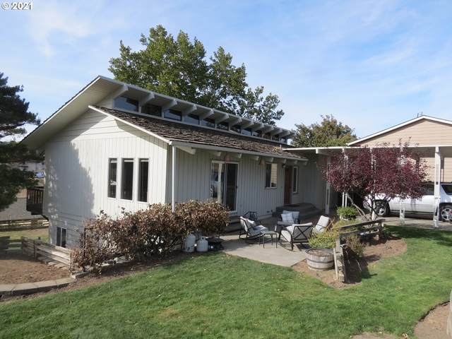 389 NW 22nd St, Pendleton, OR 97801 (MLS #21512795) :: Cano Real Estate