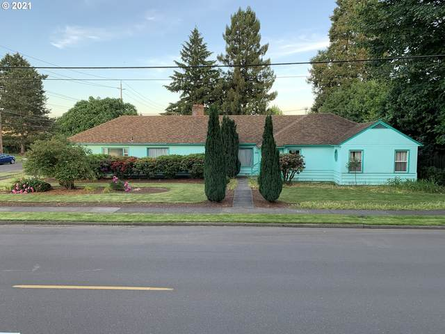 304 S College St, Newberg, OR 97132 (MLS #21514067) :: Cano Real Estate