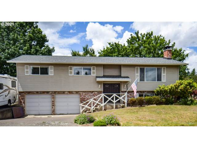1385 N Oak St, Canby, OR 97013 (MLS #21514698) :: Fox Real Estate Group