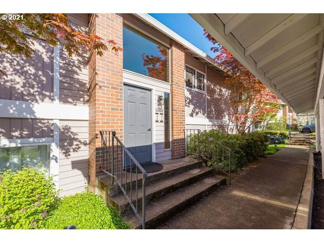 10980 SW Meadowbrook Dr #4, Tigard, OR 97224 (MLS #21515775) :: Change Realty