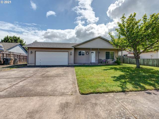 255 S 9TH St, Harrisburg, OR 97446 (MLS #21516905) :: RE/MAX Integrity