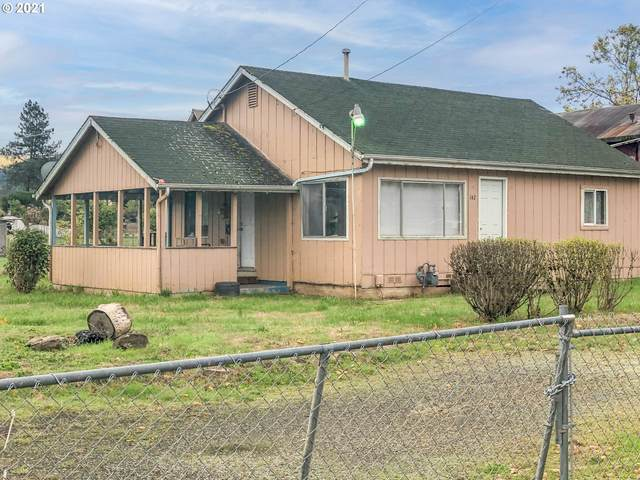 142 Plat M Rd, Sutherlin, OR 97479 (MLS #21517479) :: Townsend Jarvis Group Real Estate