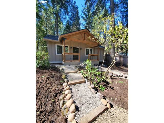 65520 E Woodmere St, Welches, OR 97067 (MLS #21518379) :: Premiere Property Group LLC