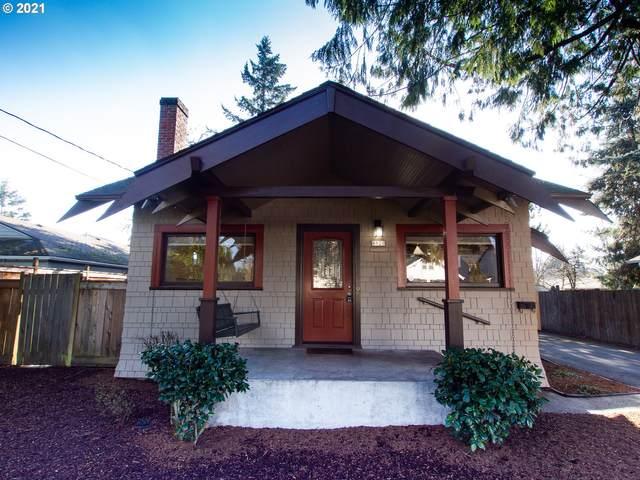 8920 SE Ellis St, Portland, OR 97266 (MLS #21518724) :: Fox Real Estate Group