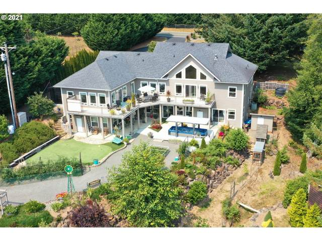 346 Winchuck River Rd, Brookings, OR 97415 (MLS #21521359) :: Holdhusen Real Estate Group