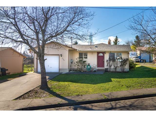 230 NW Plum Ave, Winston, OR 97496 (MLS #21521636) :: Real Tour Property Group