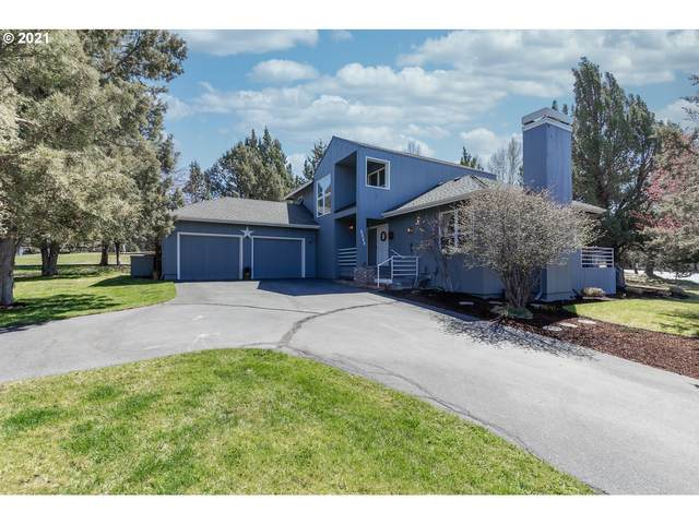 2112 Mountain Quail Dr, Redmond, OR 97756 (MLS #21523275) :: RE/MAX Integrity