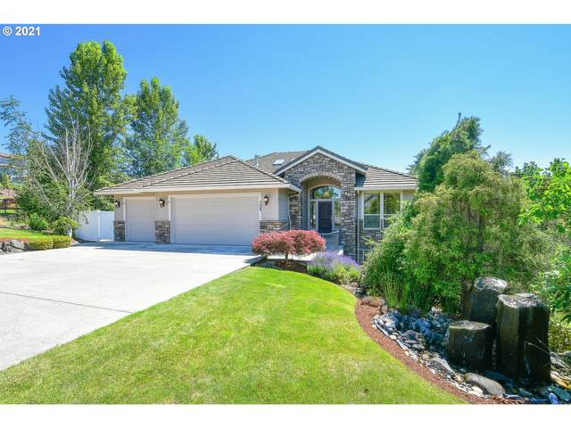 728 NW Fremont St, Camas, WA 98607 (MLS #21524709) :: Cano Real Estate