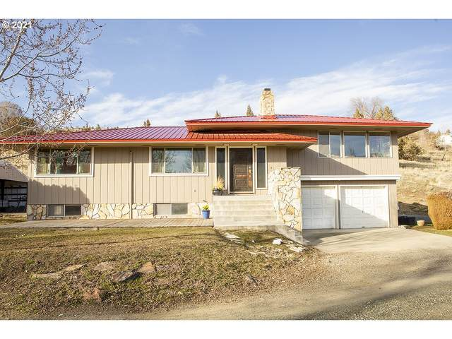 215 NW 9TH Ave, John Day, OR 97845 (MLS #21525036) :: Stellar Realty Northwest