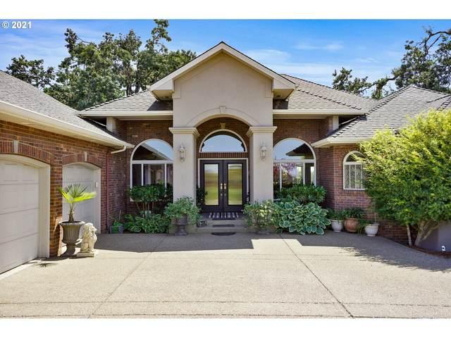 2558 E Pine St, Stayton, OR 97383 (MLS #21525170) :: Fox Real Estate Group