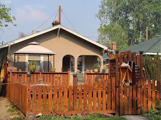 413 Martin St, Klamath Falls, OR 97601 (MLS #21526962) :: Cano Real Estate
