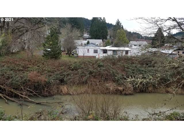 189 E C Ave, Drain, OR 97435 (MLS #21527369) :: Fox Real Estate Group