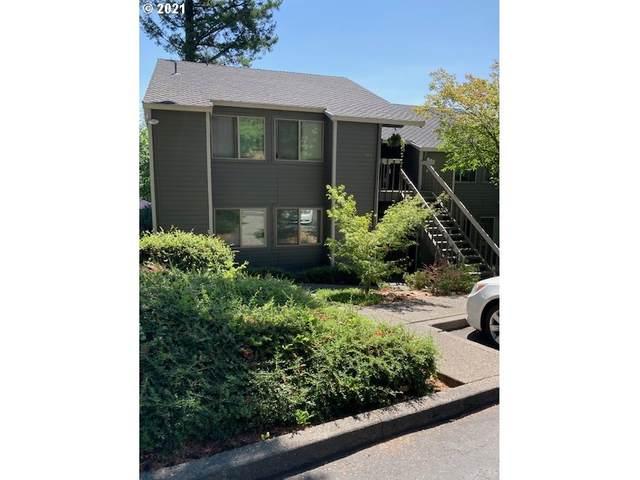 44 SW Eagle Crest Dr #20, Lake Oswego, OR 97035 (MLS #21528283) :: Holdhusen Real Estate Group