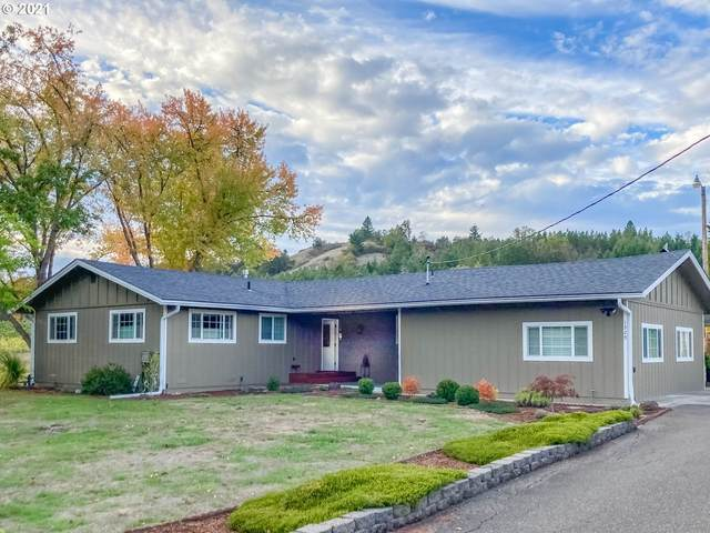 1529 Oak St, Oakland, OR 97462 (MLS #21528327) :: Real Tour Property Group
