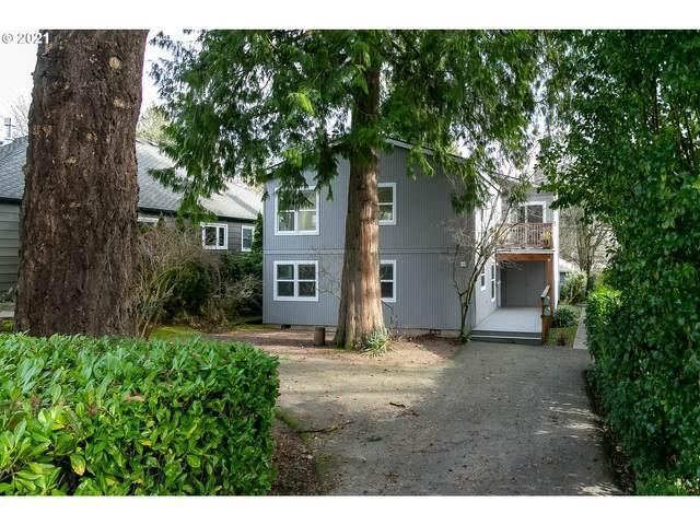 623 6TH St, Lake Oswego, OR 97034 (MLS #21528597) :: Holdhusen Real Estate Group