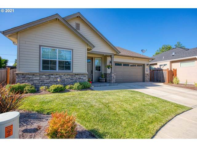59 Grizzly Ave, Eugene, OR 97404 (MLS #21528781) :: Song Real Estate