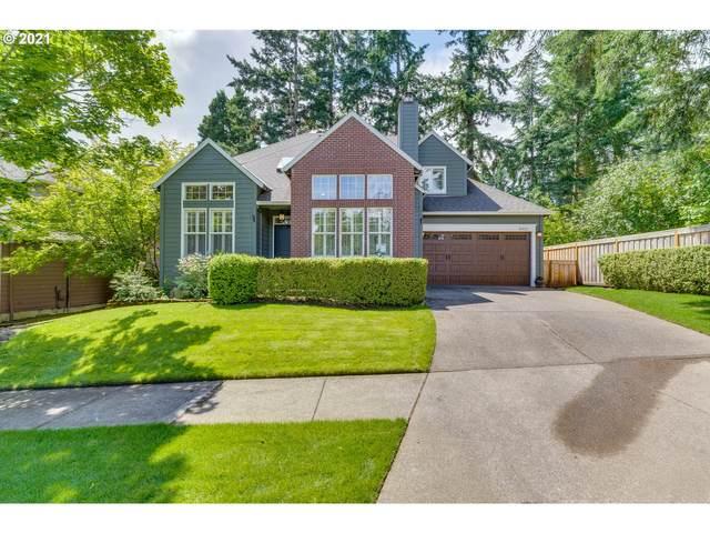 16921 Kara Ln, Lake Oswego, OR 97035 (MLS #21528901) :: Fox Real Estate Group
