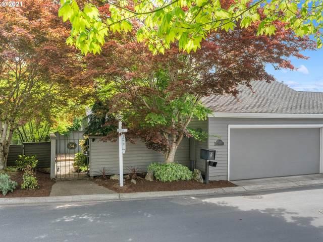 54 Greenridge Ct, Lake Oswego, OR 97035 (MLS #21529188) :: Premiere Property Group LLC